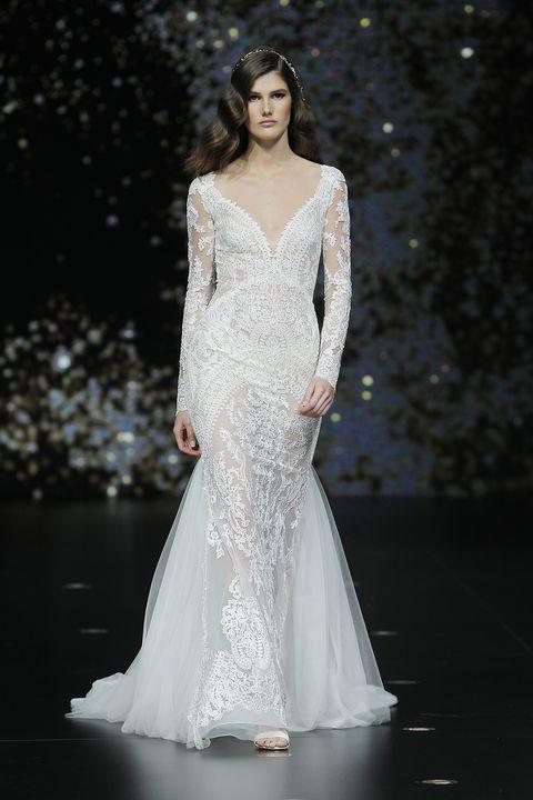 9d237ecc2 Pronovias presenta sus vestidos de novia en Barcelona Bridal Week