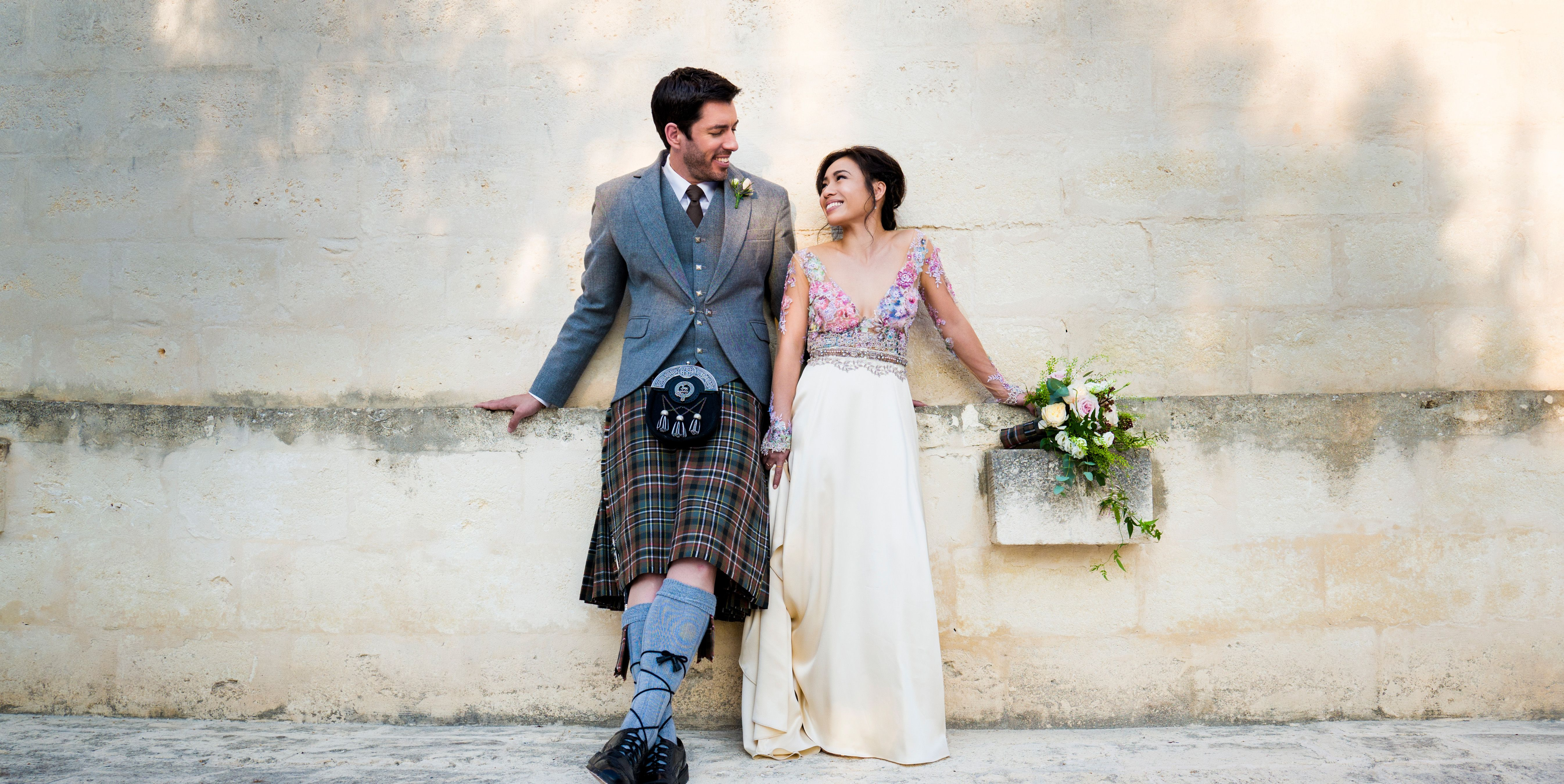 Property Brother Drew Scott And Linda Phan S Wedding