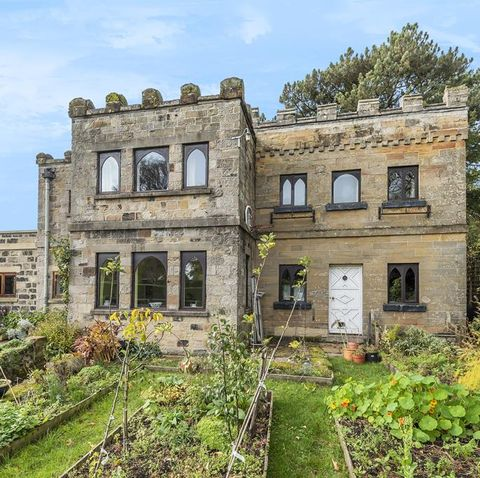 zoopla reveals 5 homes for sale near sites of historical importance