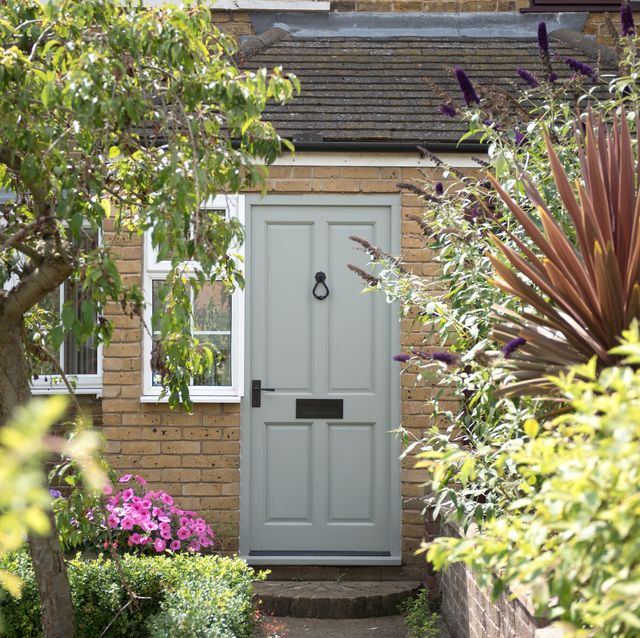 experts reveal the time you're most likely to get burgled
