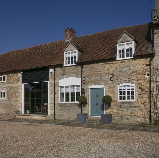 grade ii listed house with rare witch markings engraved inside for sale in oxfordshire