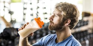 how much protein to build muscle