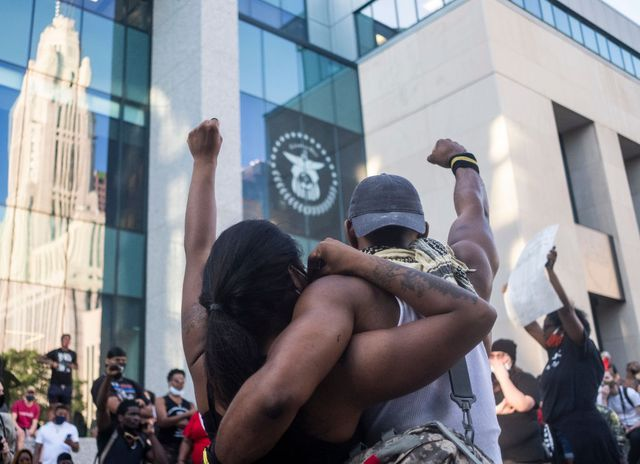 protests continue in columbus, ohio as cities across the country turn violent