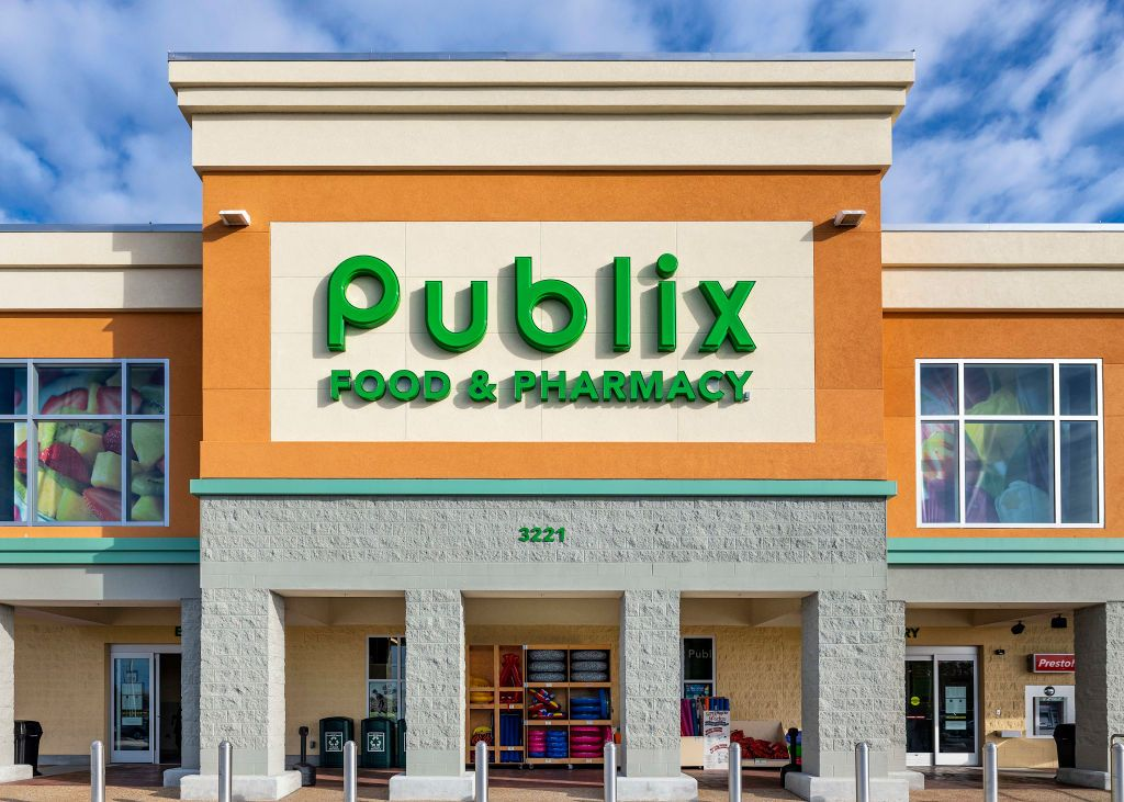 Here Are Publix's Thanksgiving Hours, Just in Case You Need Last-Minute Groceries