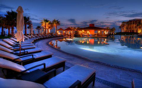Sky, Lighting, Water, Resort, Evening, Dusk, Tree, Palm tree, Night, Vacation,