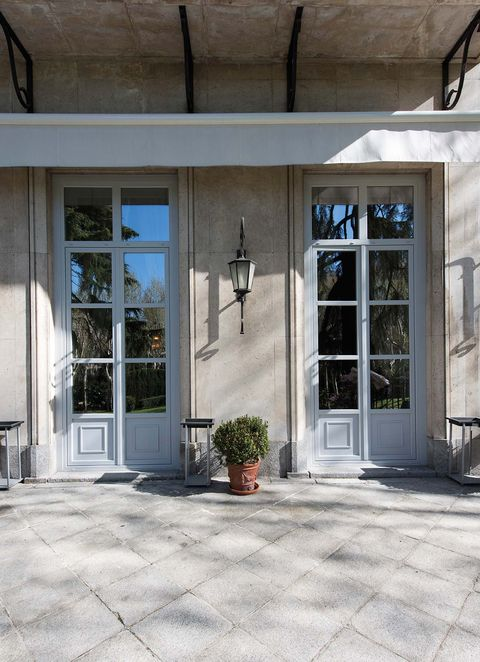 Building, Property, House, Architecture, Door, Facade, Window, Floor, Home, Real estate,