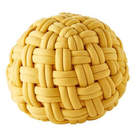 Puf trenzado amarillo