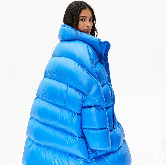 Blue, Outerwear, Clothing, Hood, Hoodie, Jacket, Cobalt blue, Electric blue, Sleeve,