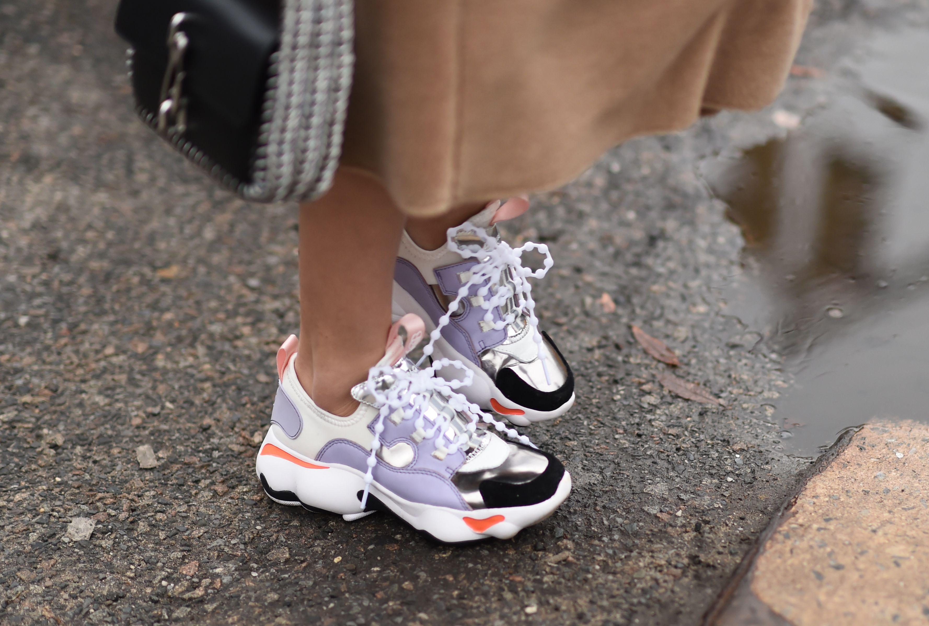 Come pulire le sneakers a seconda del materiale: i consigli dell ...