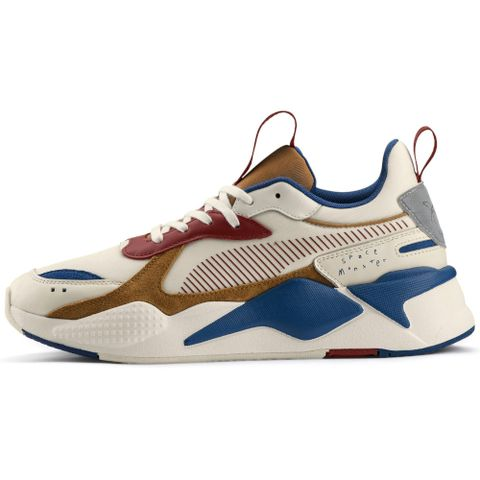sale retailer 2bf56 33b98 The Best Pairs Of Men's Trainers Released This Month