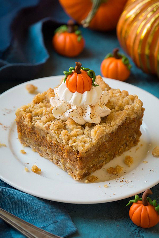 pumpkin bars crumb
