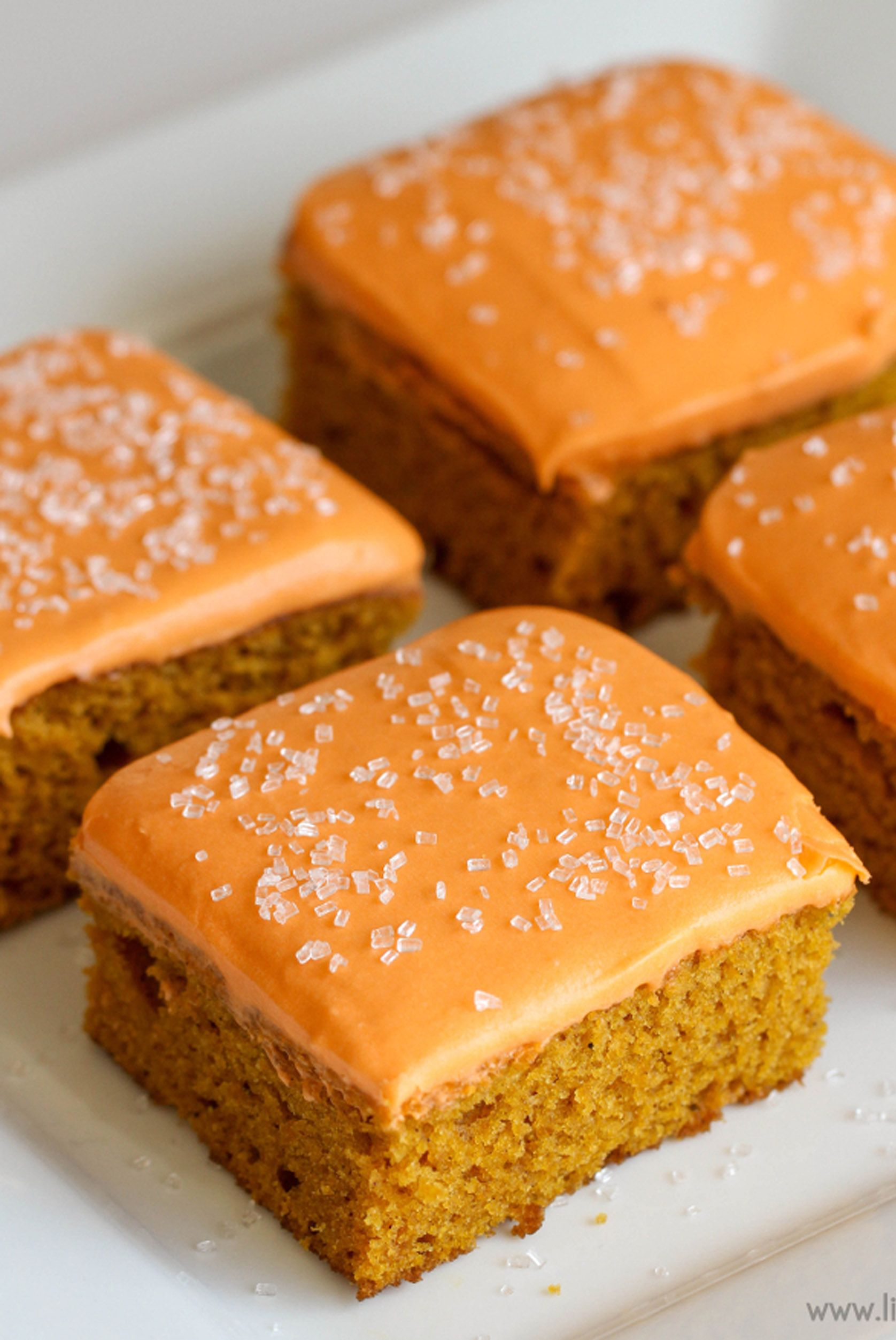 pumpkin bars frosted