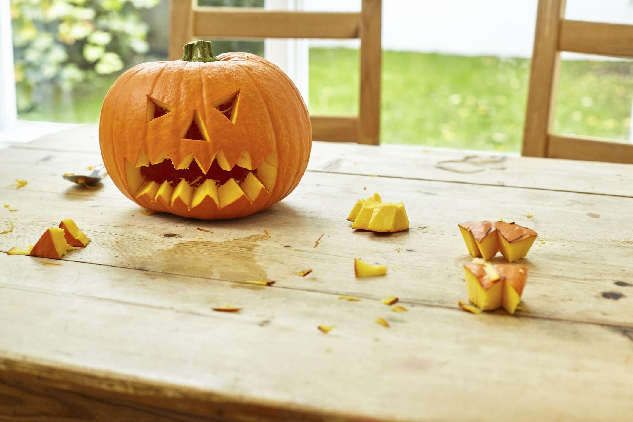 Pumpkin carving leaf designs