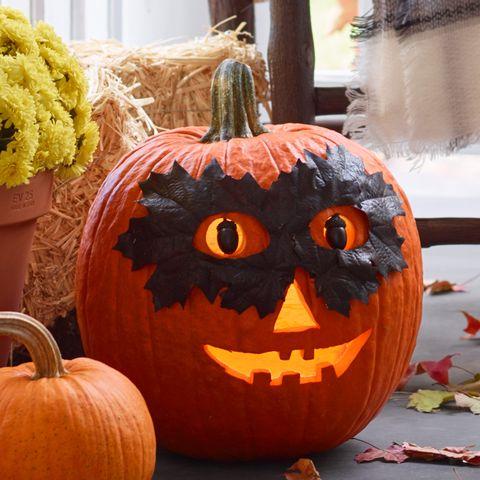 pumpkin carving ideas - the mask