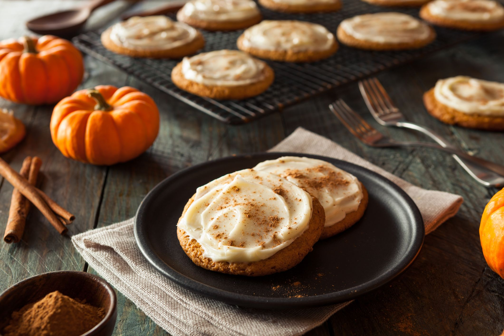 21 Easy Pumpkin Cookie Recipes - How to Make Pumpkin Cookies