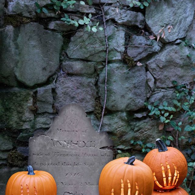 7981b5c8920f9 85 Creative Pumpkin Decorating Ideas - Easy Halloween Pumpkin ...