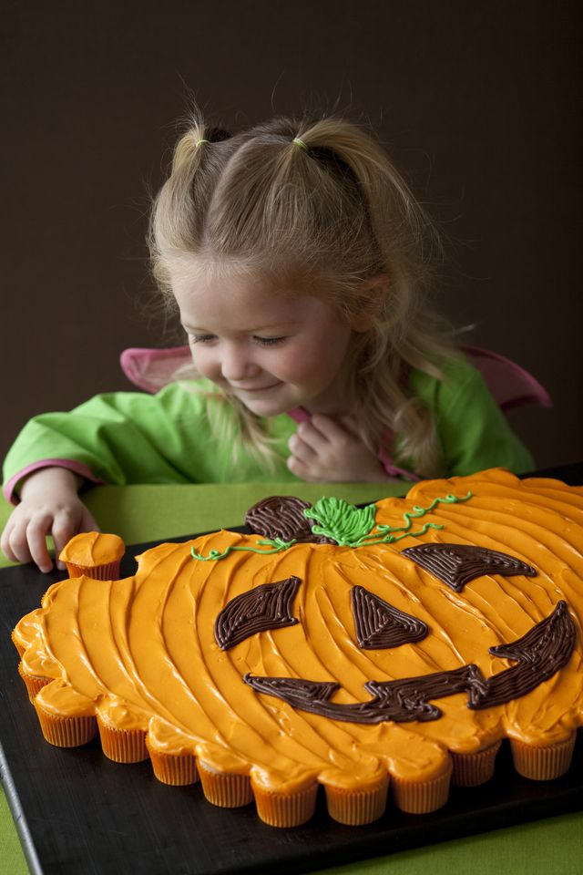 pumpkin cupcake cake giant