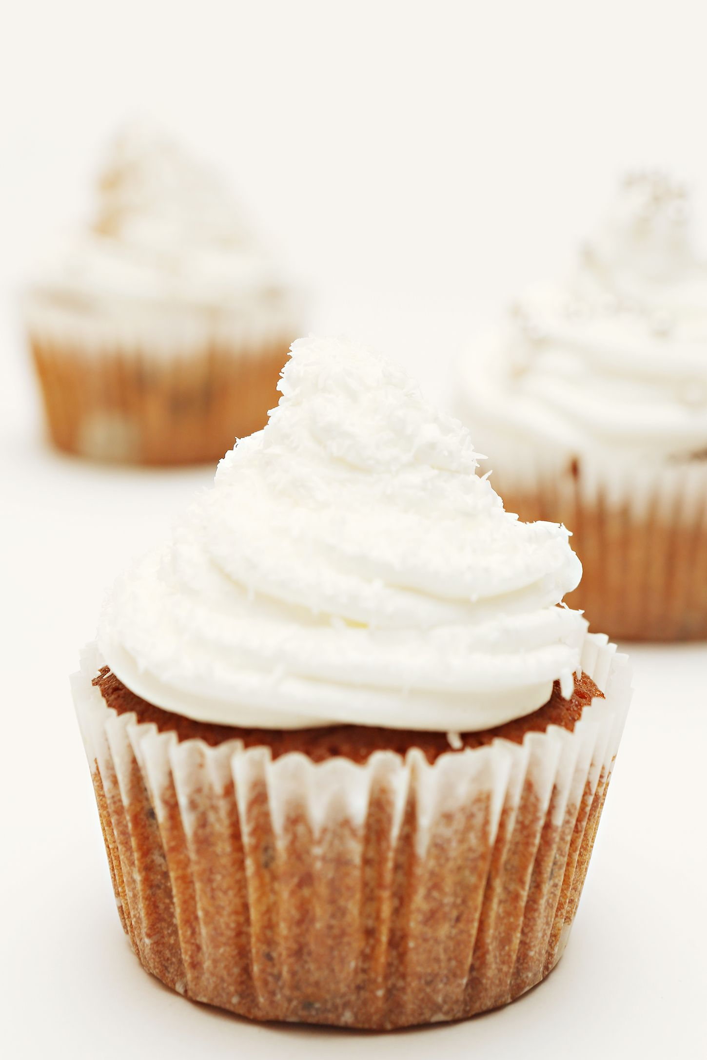 pumpkin spice thanksgiving cupcakes with orange sour cream frosting recipe