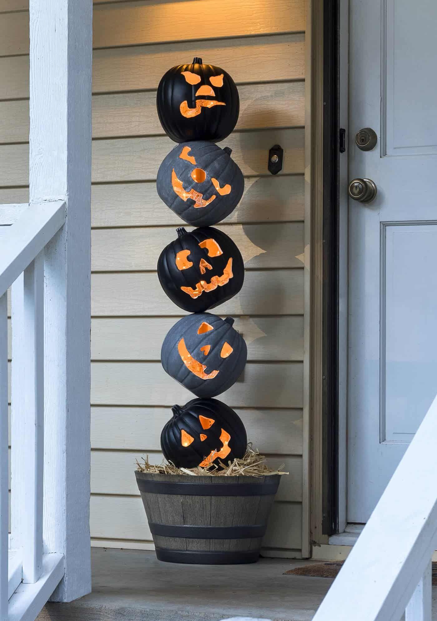 47 Outdoor Halloween Decorations Porch Decorating Ideas
