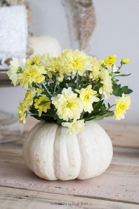 pumpkin vase fall centerpieces