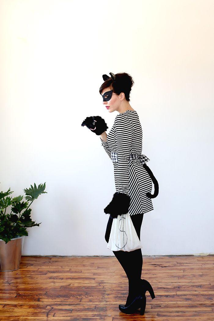 pun costumes - cat burglar costume