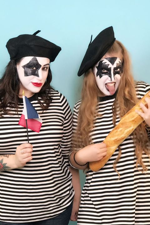 pun costumes - french kiss costume