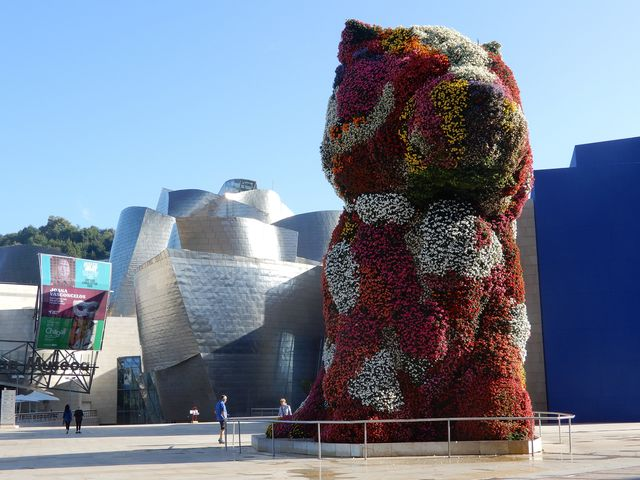 'puppy' sculpture by jeff koons, guggenheim museum, bilbao, spain photo by education imagesuniversal images group via getty images