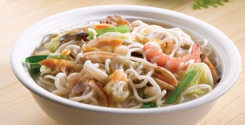 Dish, Food, Cuisine, Ingredient, Shirataki noodles, Rice noodles, Produce, Curry chicken noodles, Recipe, Chinese food,