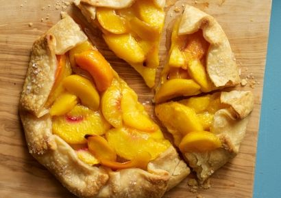 rustic gingered peach tart