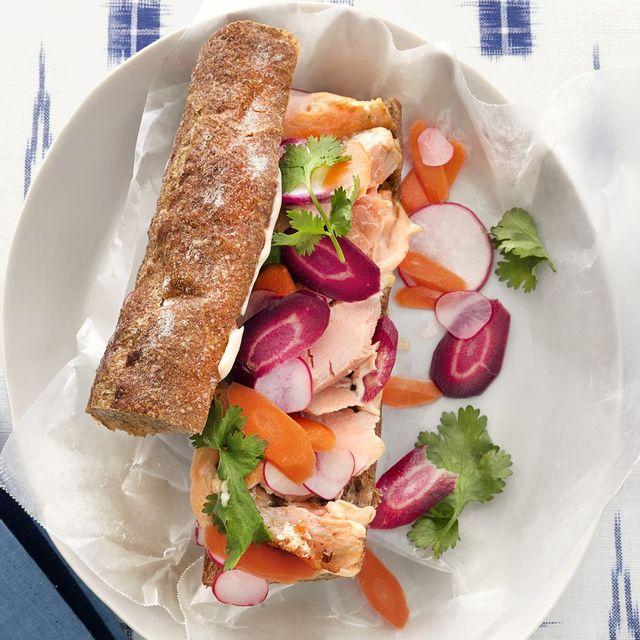 salmon banh mi with spicy mayo recipe