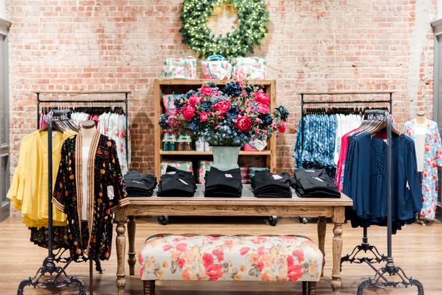 """ree drummond's """"the pioneer woman collection"""" store in pawhuska, oklahoma"""