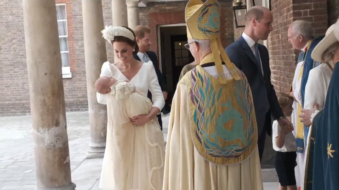 Prince Louis has turned up fast asleep to his christening