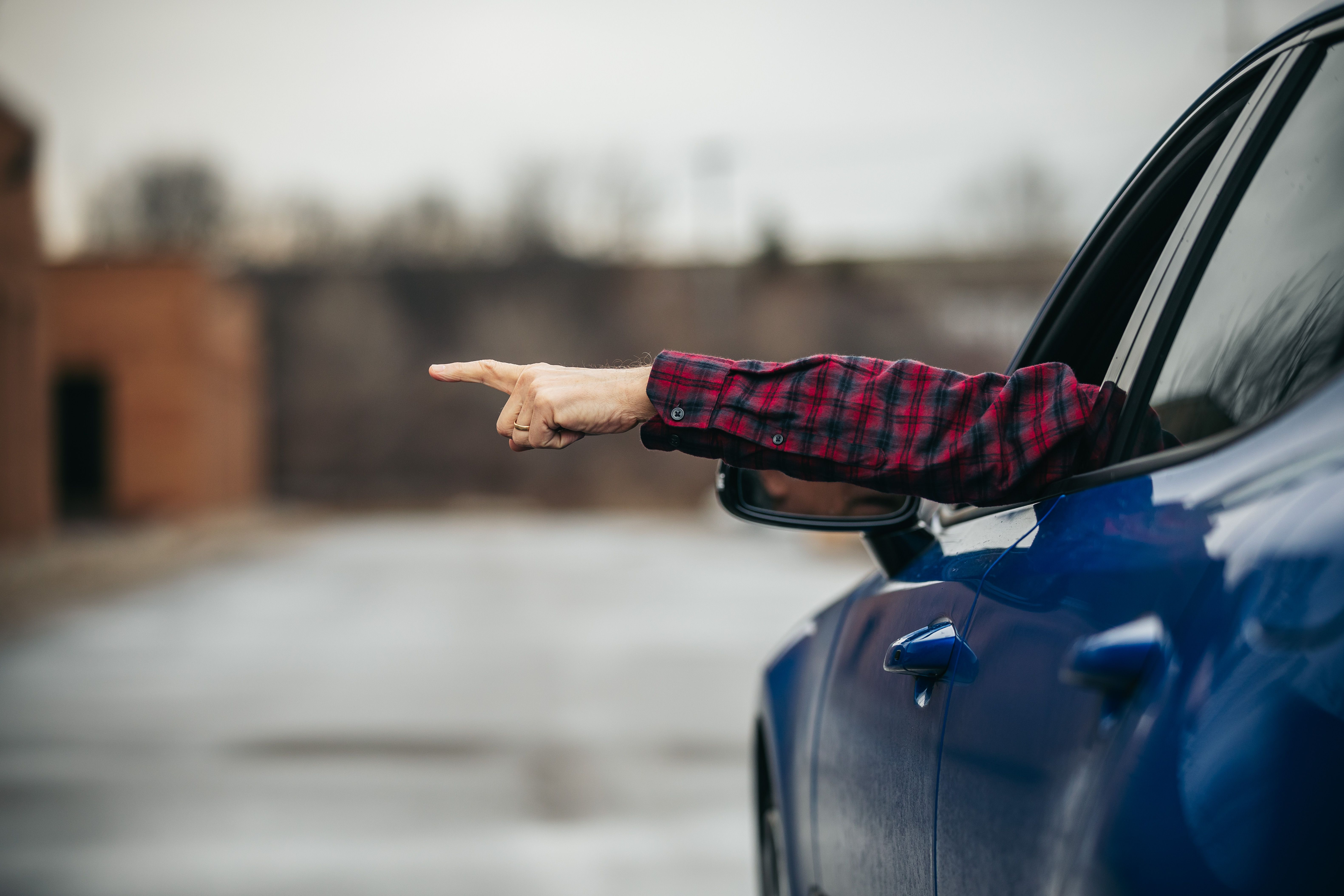 The 3 Basic Driver Hand Signals – When to Use Hand Signals