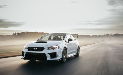 Land vehicle, Vehicle, Car, Automotive design, Rolling, Sky, Wheel, Rim, Luxury vehicle, Performance car,