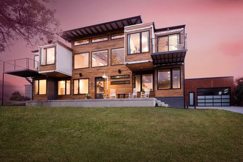House, Home, Property, Building, Residential area, Architecture, Real estate, Estate, Grass, Facade,