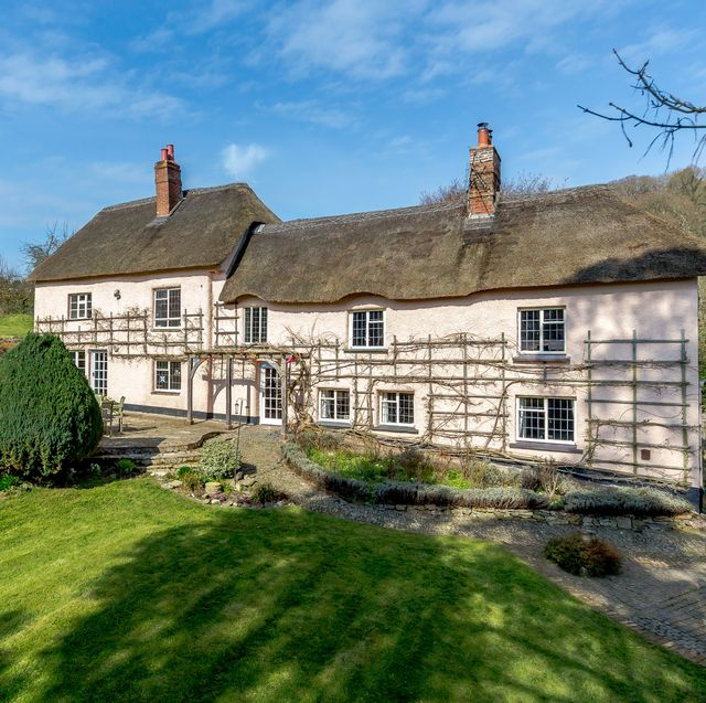 this grade ii listed cottage for sale in devon has over 19 acres of land