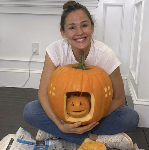 55 Easy Pumpkin Carving Ideas For Halloween 2021 Creative Pumpkin Carving Designs