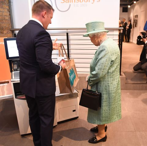 The Queen at Sainsbury's self service till