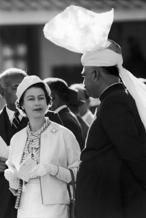 Queen Elisabeth And Pakistan President Muhammad Ayub Khan In Lahore In February 1961