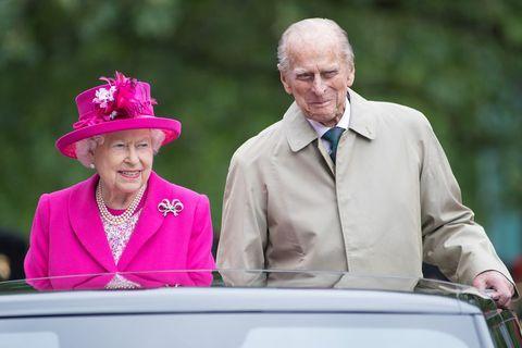 エリザベス女王 ウィリアム王子 ヘンリー王子 キャサリン妃 メーガン妃