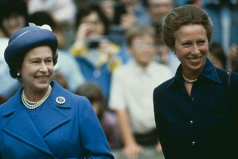 アン王女 エリザベス女王 ロイヤルファミリー