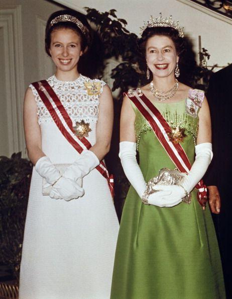 英國「安妮公主」顛覆皇室形象的14個大膽事蹟!不爽黛安娜王妃的英國長公主其實婚姻也很精采?