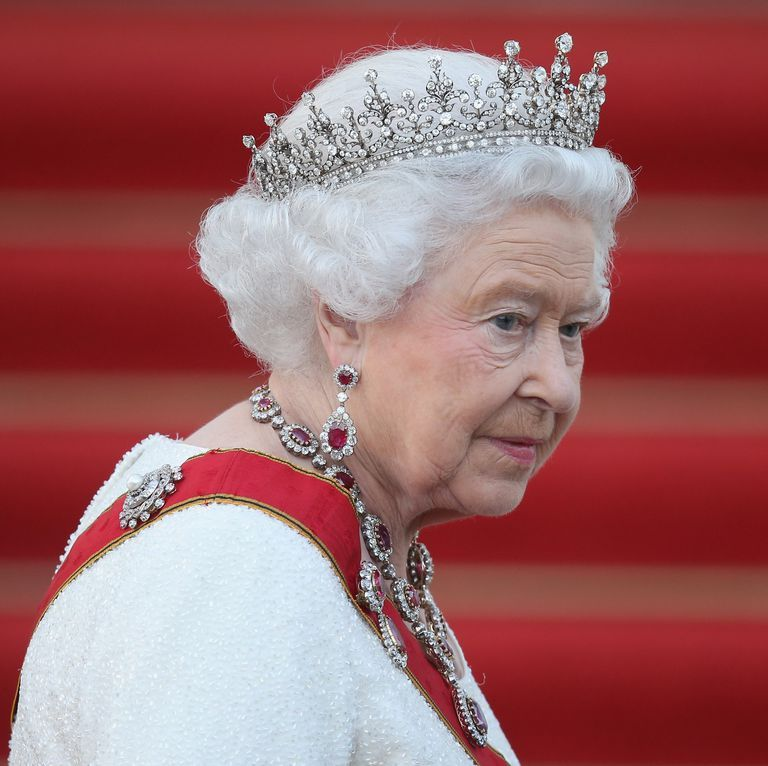 There Was an Intruder on the Loose at Buckingham Palace as the Queen Was Sleeping