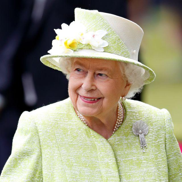 queen prince philip brooch navy visit