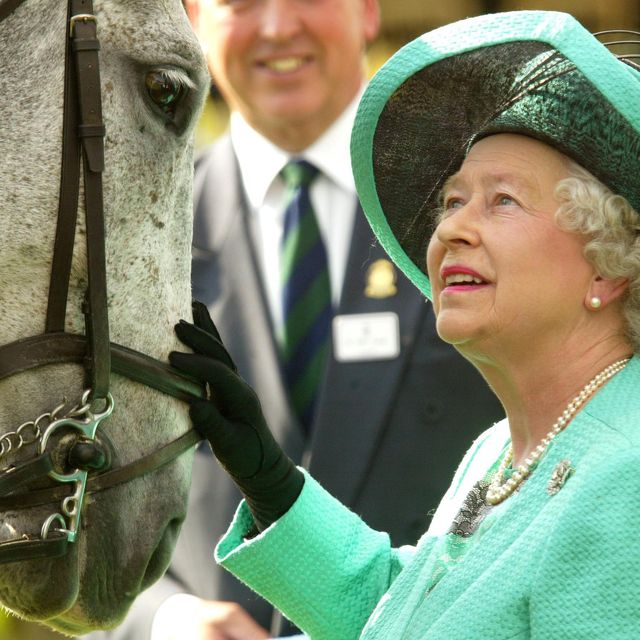duchess of cornwall queen horses ascot