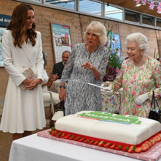 duchess of cambridge queen birthday cake
