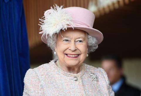 the queen life saving award
