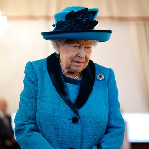 Queen Elizabeth Wont Return To Buckingham Palace Will Stay At