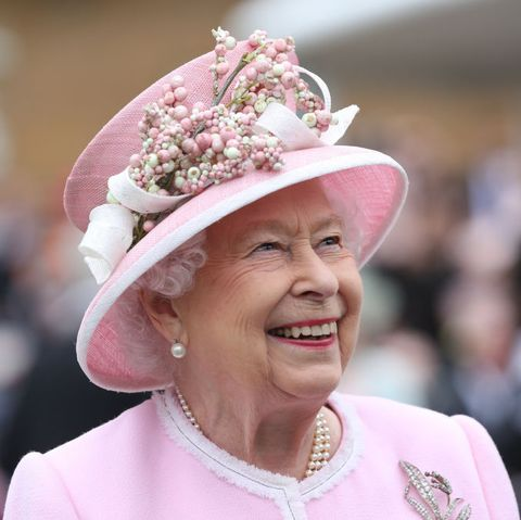 Queen Elizabeth Shares Message from the Royal Family on World ...