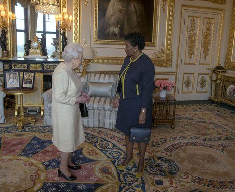 女王在白金汉宫的私人观众